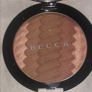 BECCA BRONZER LIMITED EDITION